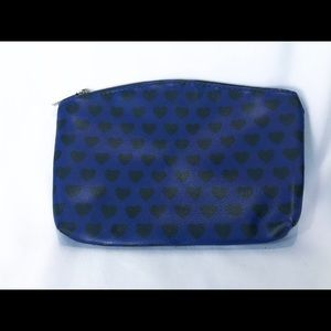 2 FOR 10 ACCESSORY SALE! 💜 Ipsy Cosmetic bag